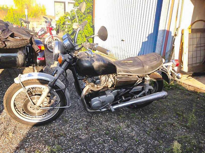 Motorrad wie in der Garage vorgefunden – Bernhard Hahner Blog
